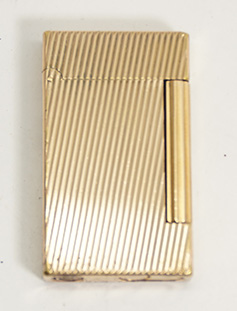 "Dupont ""Ligne D"" Lighter with Pipe Flame--Gold with Diagonal Lines"